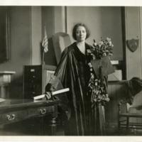 Irène_Joliot-Curie_(1897-1956),_1921_(4405641939).jpg