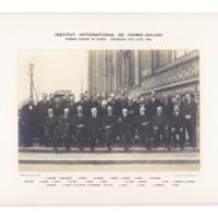 Premier Conseil de chimie Solvay, photographie de groupe